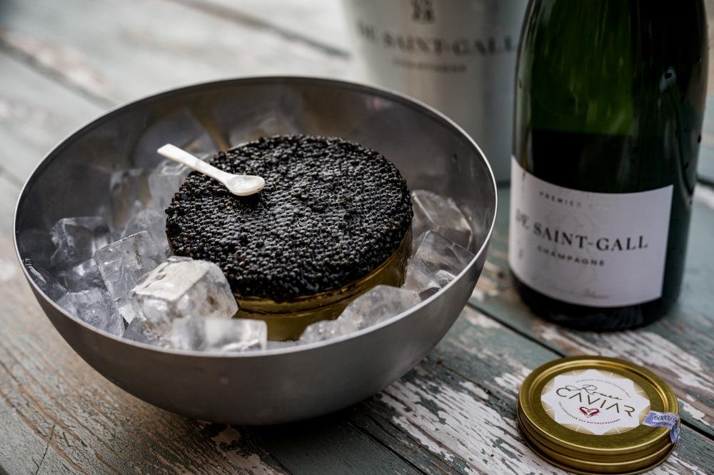 Romeo Caviar mit Champagner